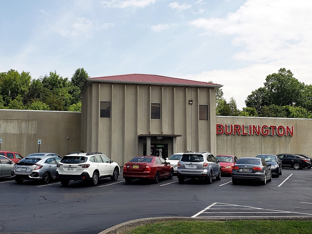 1116 East Stone Drive, Kingsport, Tennessee 37660, ,Retail,For Sale,Burlington Coat Factory,East Stone Drive,1,1061